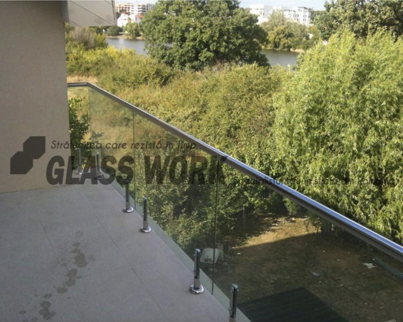 Balustrade din sticlă laminată şi securizată